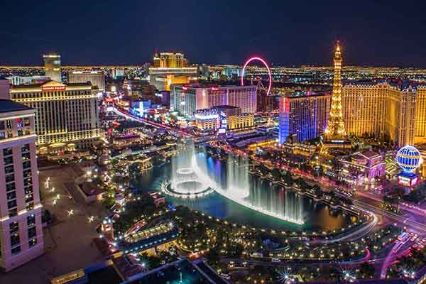 Nevada Travel Discounts for Canadians