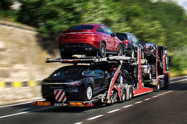 Cross Border Vehicle Shipping Services for Canadians