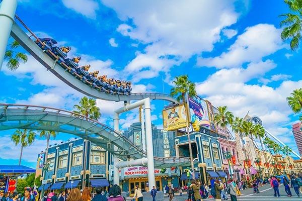 Theme Park Discounts for Canadians