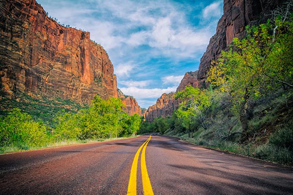 Top 10 Scenic Drives in the US